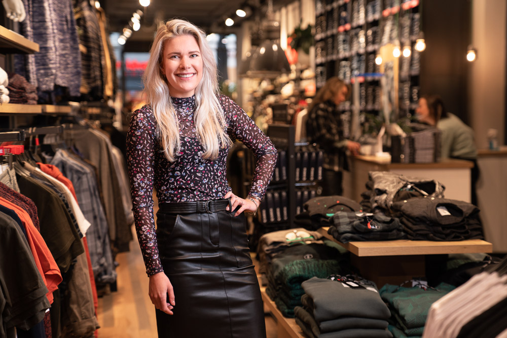JEANS CENTRE DEEL 2: LAURA HINDRIKS